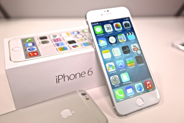 Спрос на iPhone 6 Plus изменил планы Apple